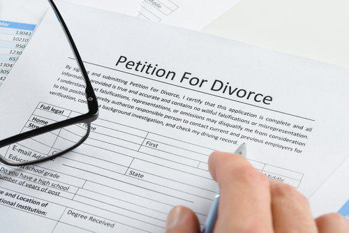 filing for divorce, filing first, Illinois divorce attorney